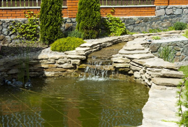 Sacramento Landscaping Contractor Water feature hardscaoe